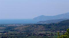 il mattina apre alla veduta di Ansedonia e Monte Argentario...