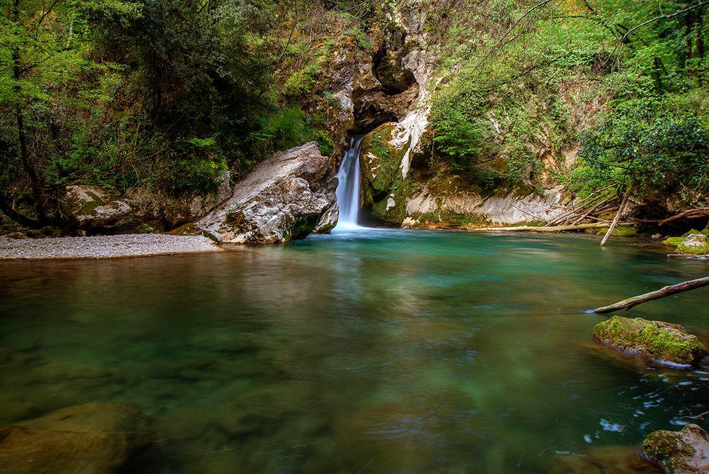 Il piccolo lago di San Benedetto a Subiaco