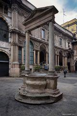 Il pozzo di Piazza Mercanti