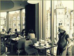 Il ristorante..al primo piano...Cardiff...