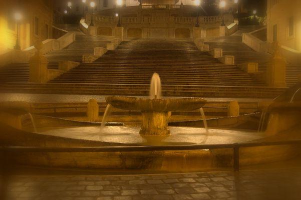 Il silenzio nella notte romana...