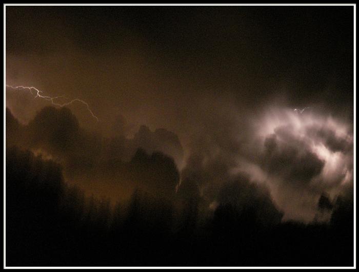 ...Il temporale...