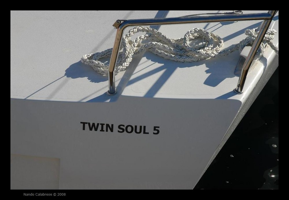 Il varo a Riva di Traiano di Twin Soul 5 del Cantiere Mylius