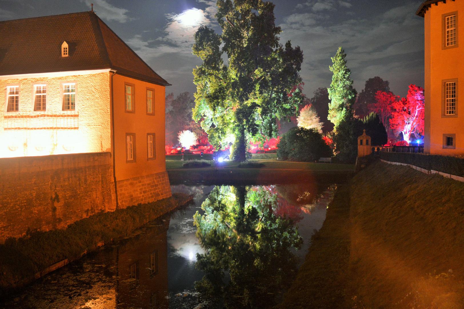 Illumina 2014 Schloss Dyck, Schlossgraben