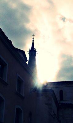 Illumination au dessus de l'église.