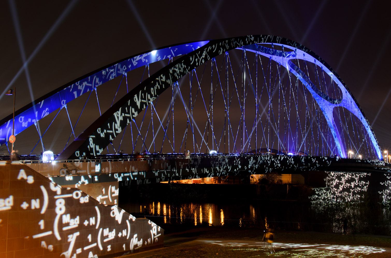 Illumination der Osthafenbrücke
