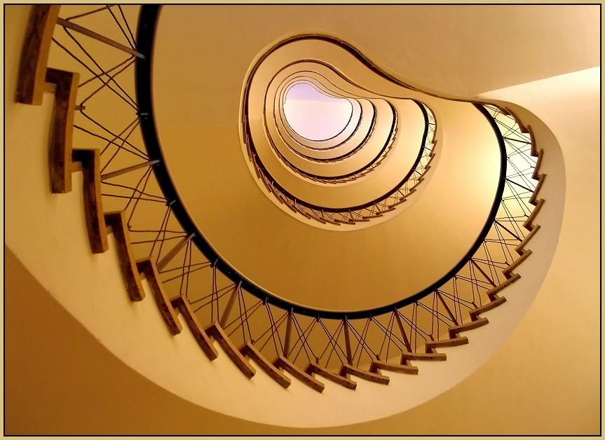 Im Auge des Treppenhauses..