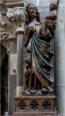 Im Blick - Details Sakralbauwerke (36) - Wundertätige Madonna im Dom Magdeburg