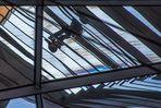 im Bundestag auf der Spiegelsäule gen Kuppel