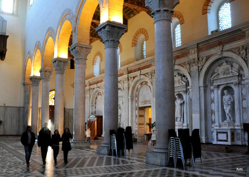 Im Dom von Messina.