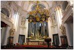 Im Dom zu Fulda ...