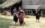 Im Dorf der Lan Tan
