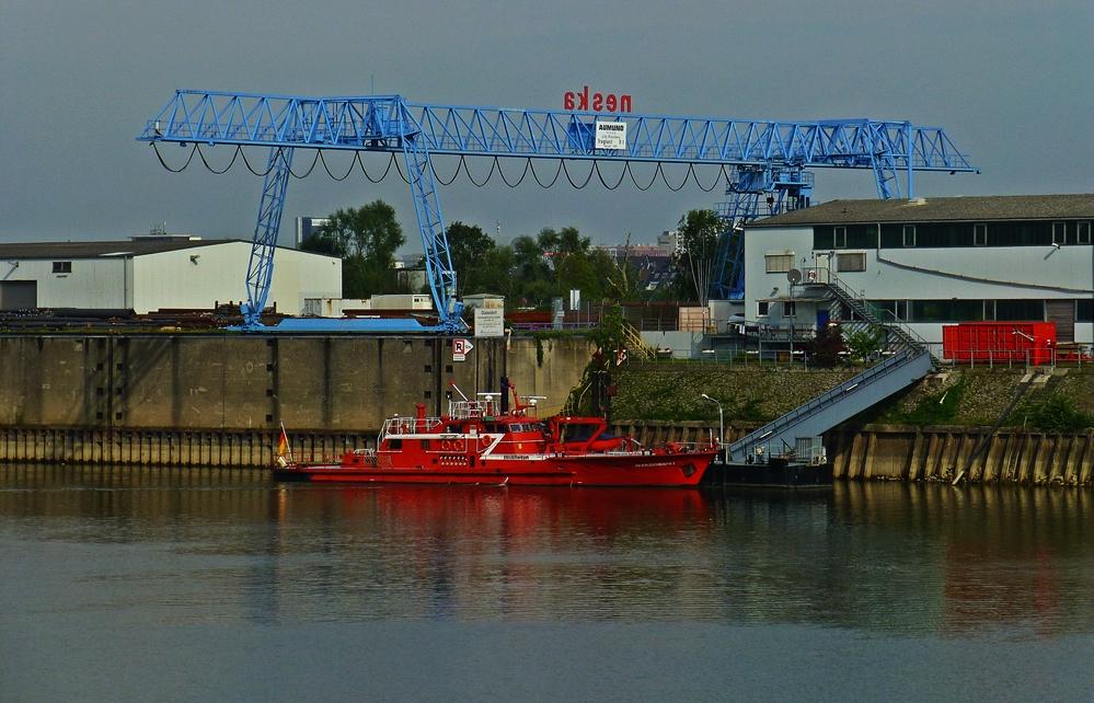 Im Düsseldorfer Hafen