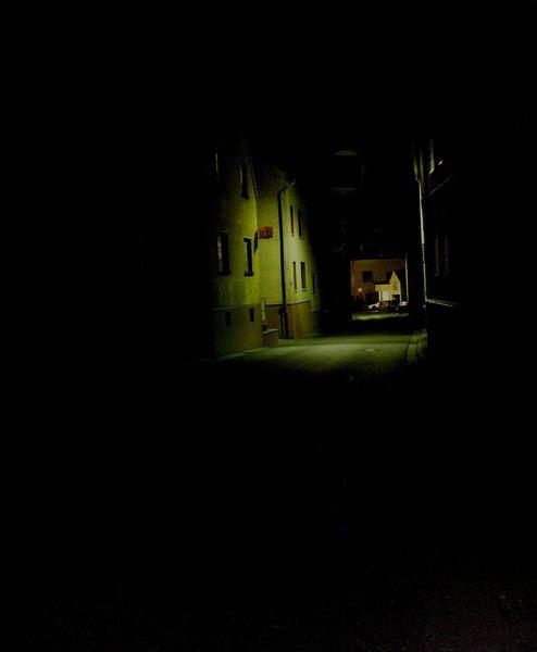 Im Dunkeln ist gut munkeln