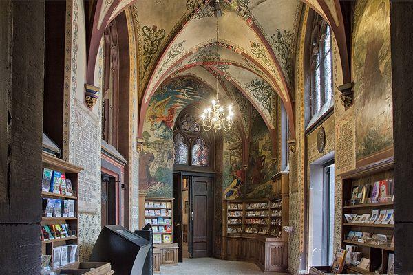 im Eingangsbereich der Basilika