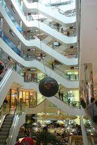 im Einkaufszentrum/D.dorf