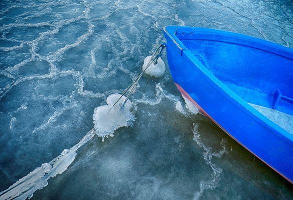 im Eis gefangen