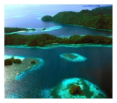 Im Flieger über Palau