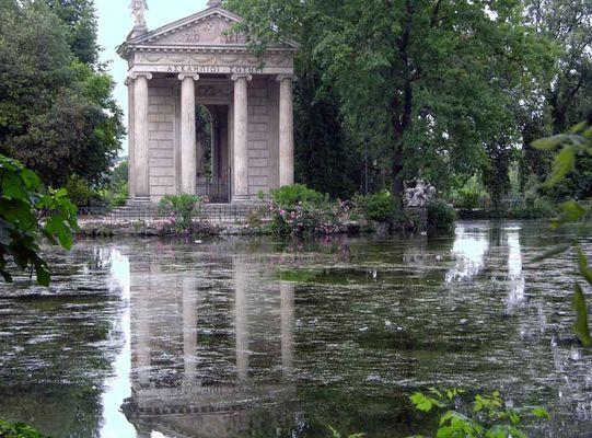 Im Garten der Villa Borghese...