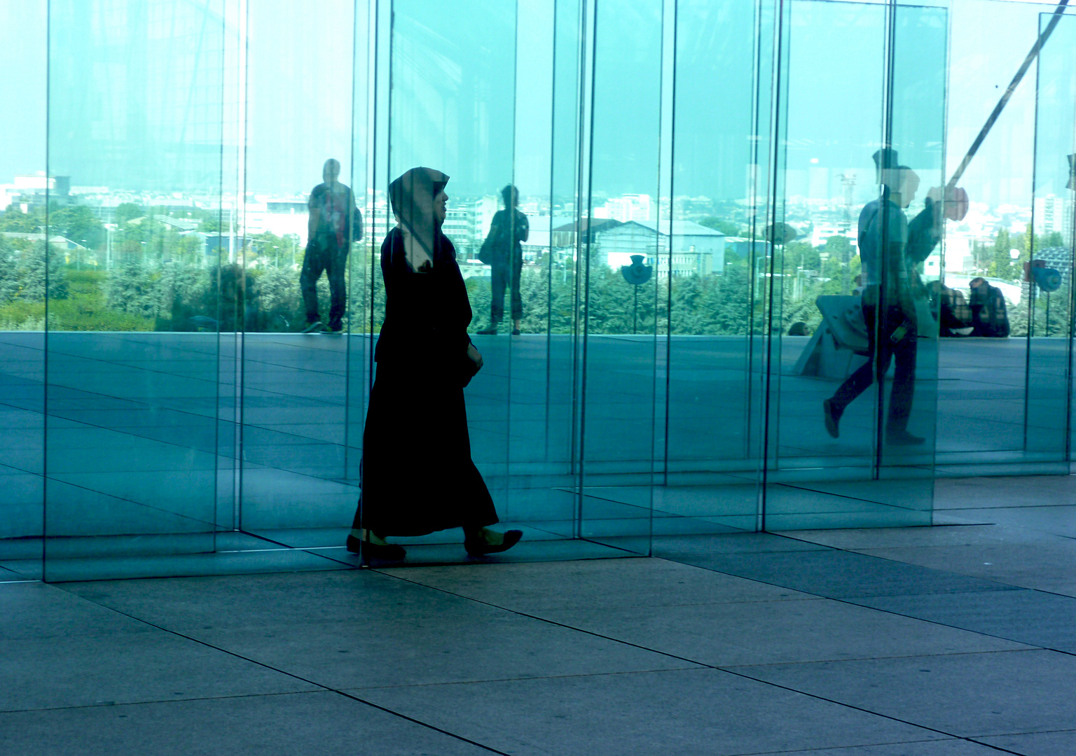 Im Glashaus....?