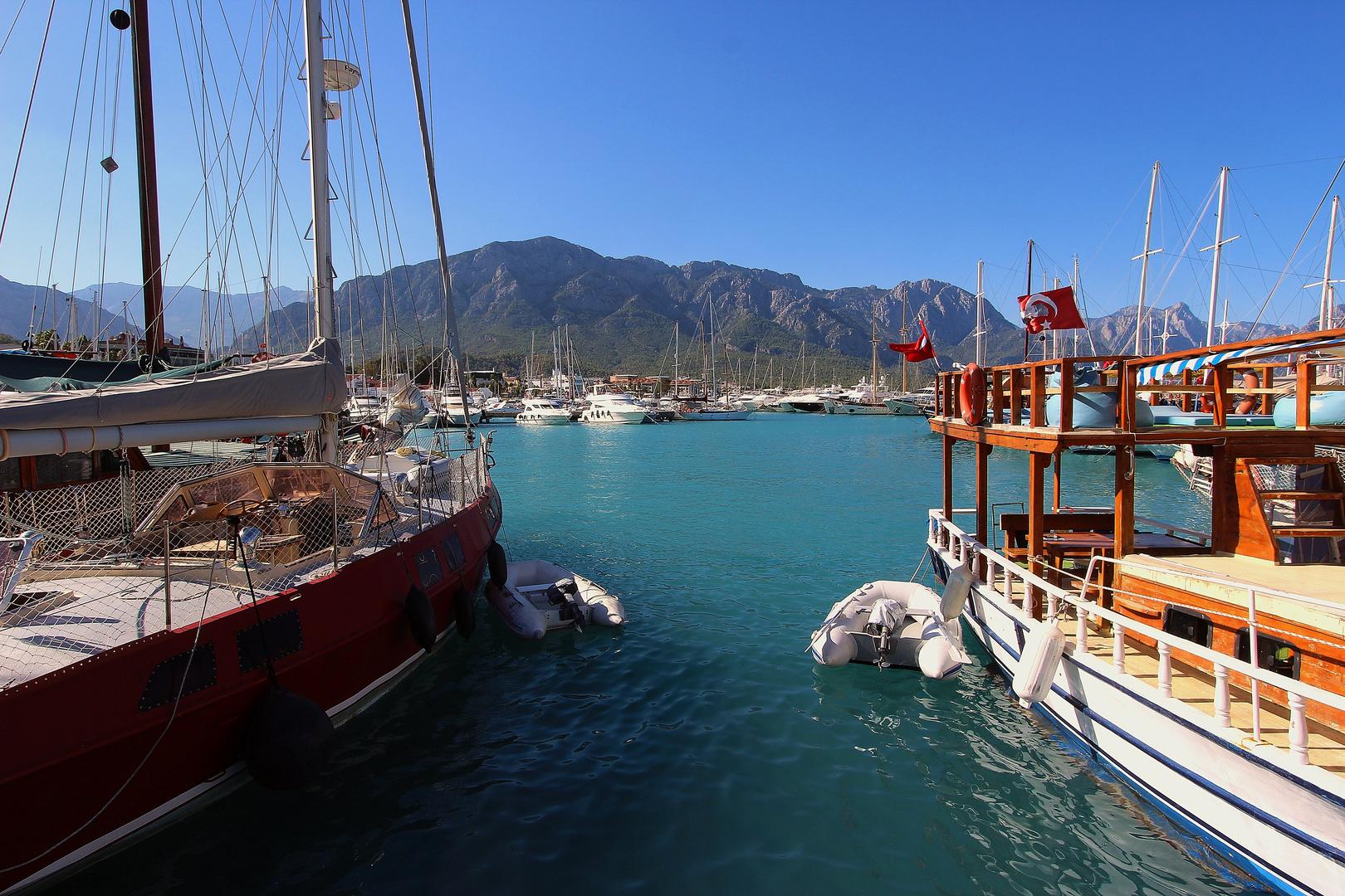 Im Hafen vom Kemer