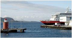 Im Hafen von Alesund