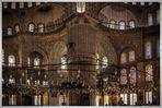 Im Inneren der Blaue Moschee oder Sultan-Ahmed-Moschee