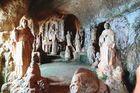 Im Inneren der Felsenkirche von Pizzo