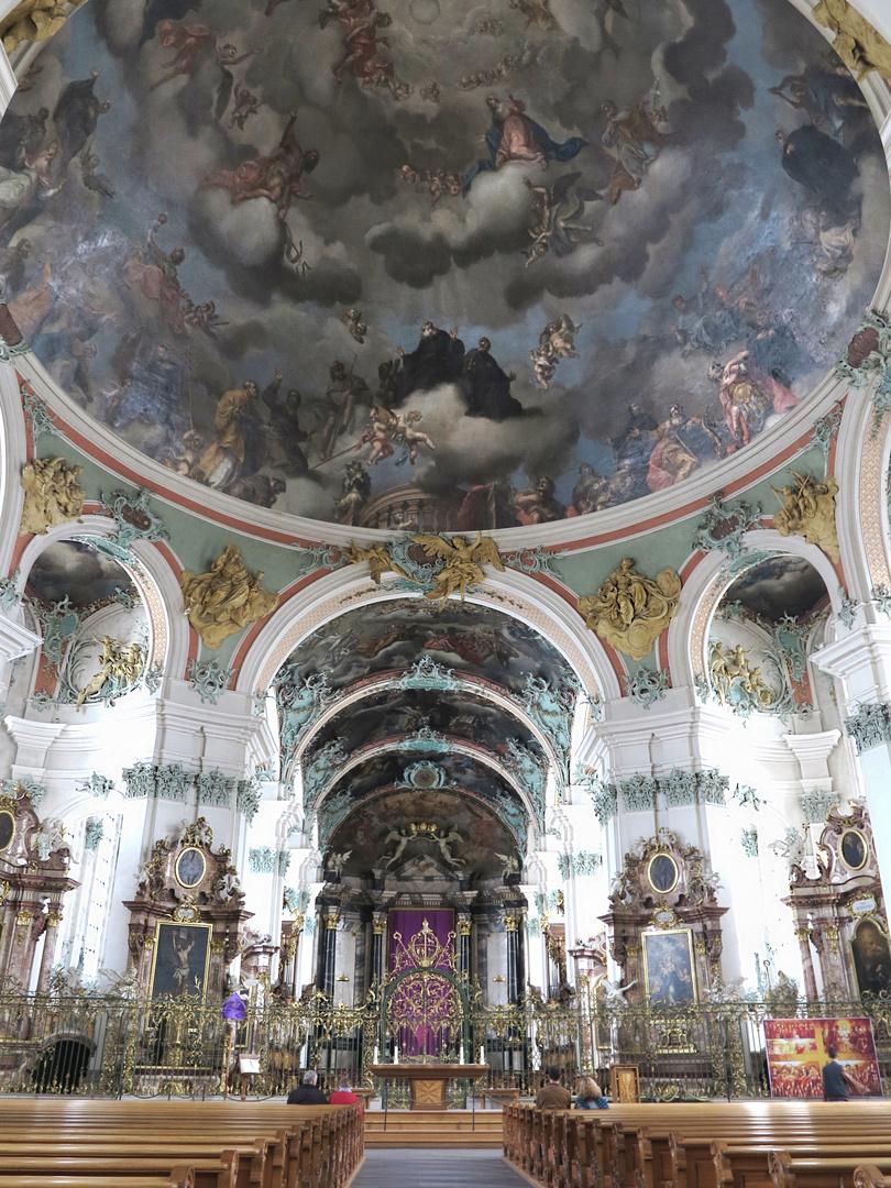 Im Kloster St. Gallen... mehr ging nicht aufs Bild