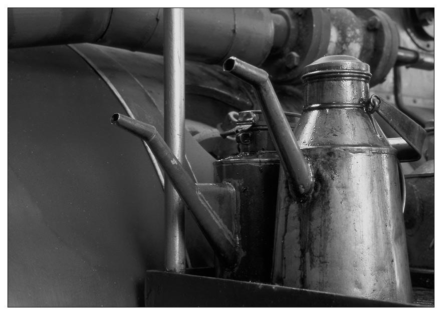 Im Museum (1): Ölkännchen ...