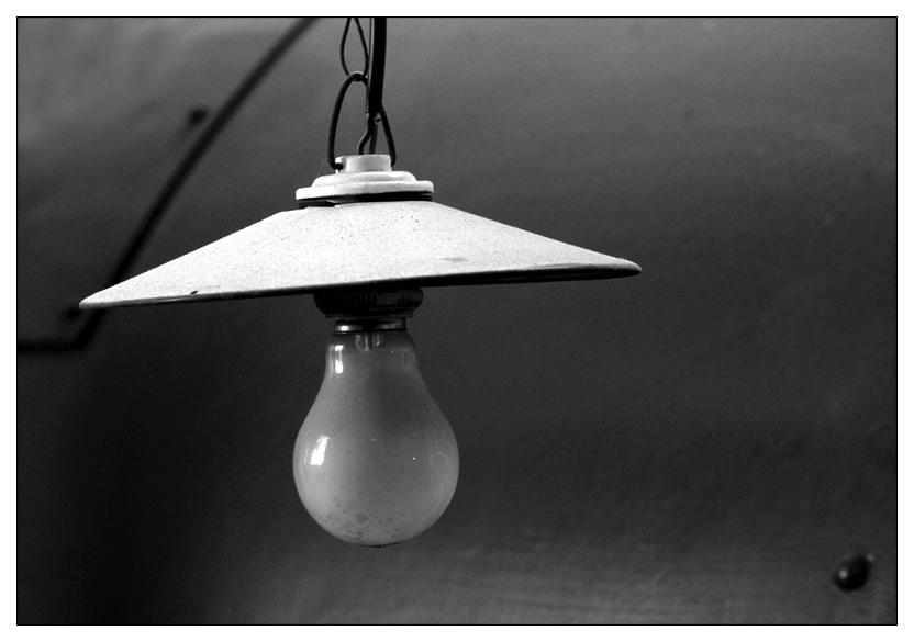 Im Museum (2): die alte Lampe ...