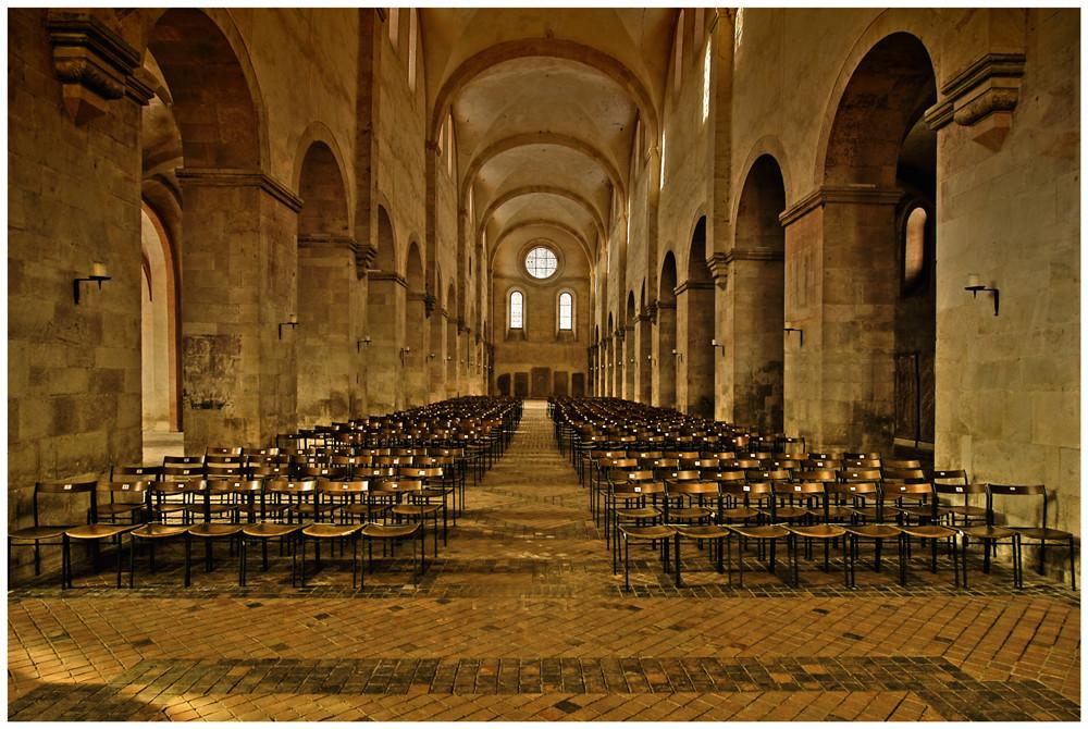 """Im Namen Des HDRI"" Kloster Eberhbach (Phonly Remastered)"