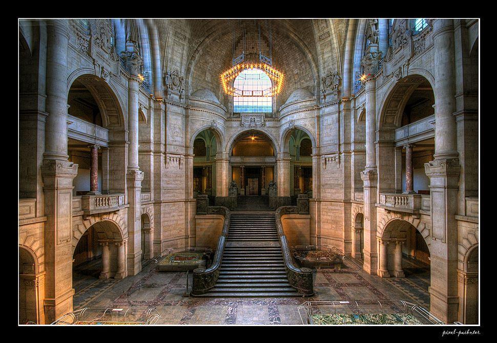 Im neuen Rathaus / Hannover