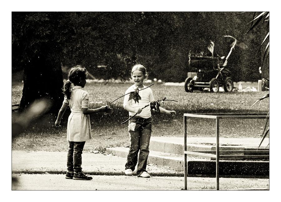 im Park... Mädchenspiele