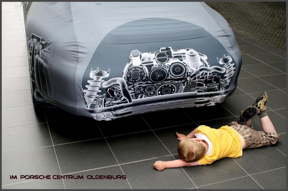 Im Porsche Centrum Oldenburg