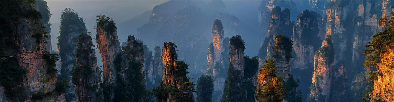 Im Reich der Mitte [19] - Morning light on Avatar mountains