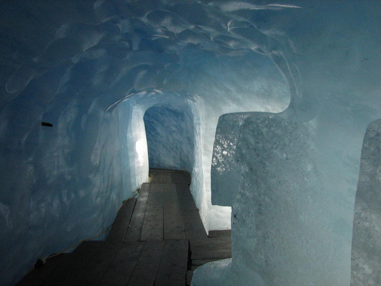 Im Rhone-Gletscher