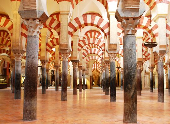 Im Säulenwald der Mezquita von Cordoba