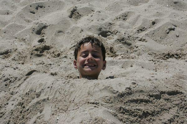 Im Sand vergraben und doch glücklich...