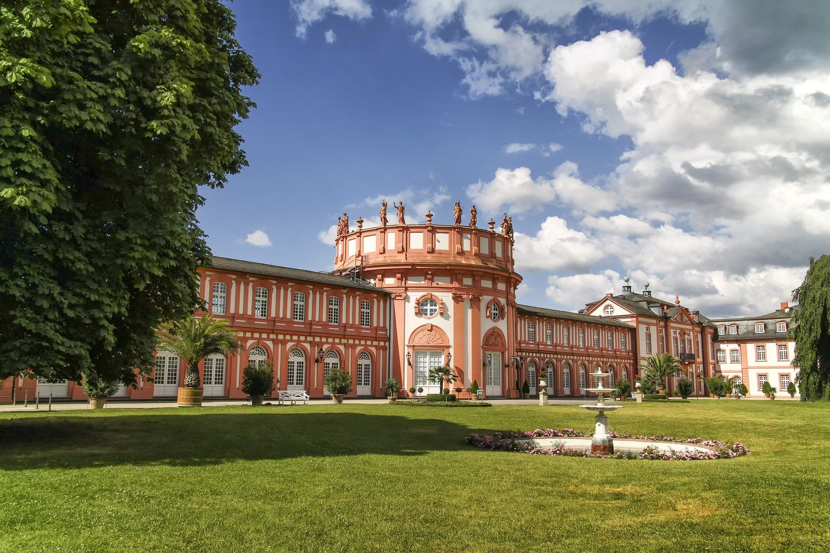 Im Schlosspark von Wiesbaden