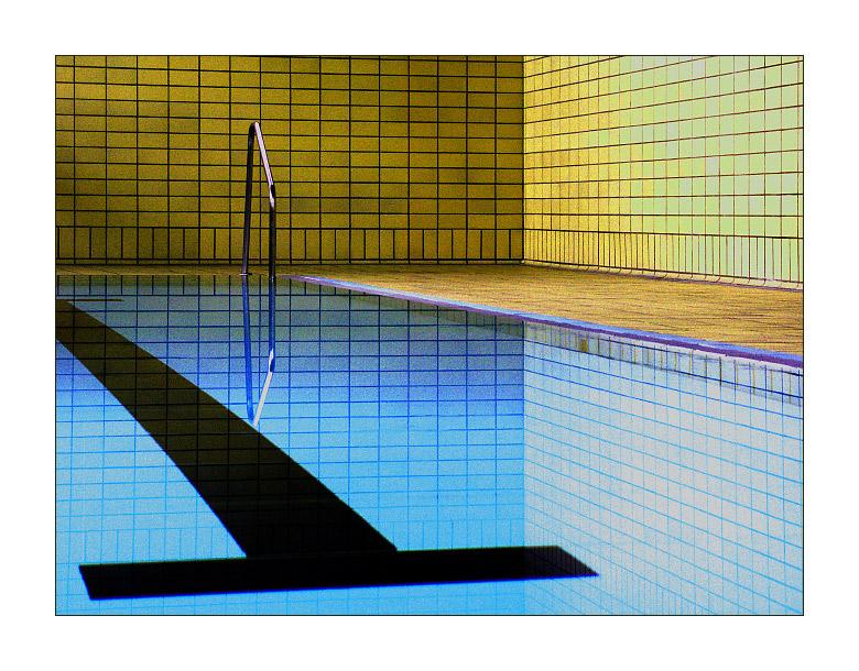Im Schwimmbad - Teil 1