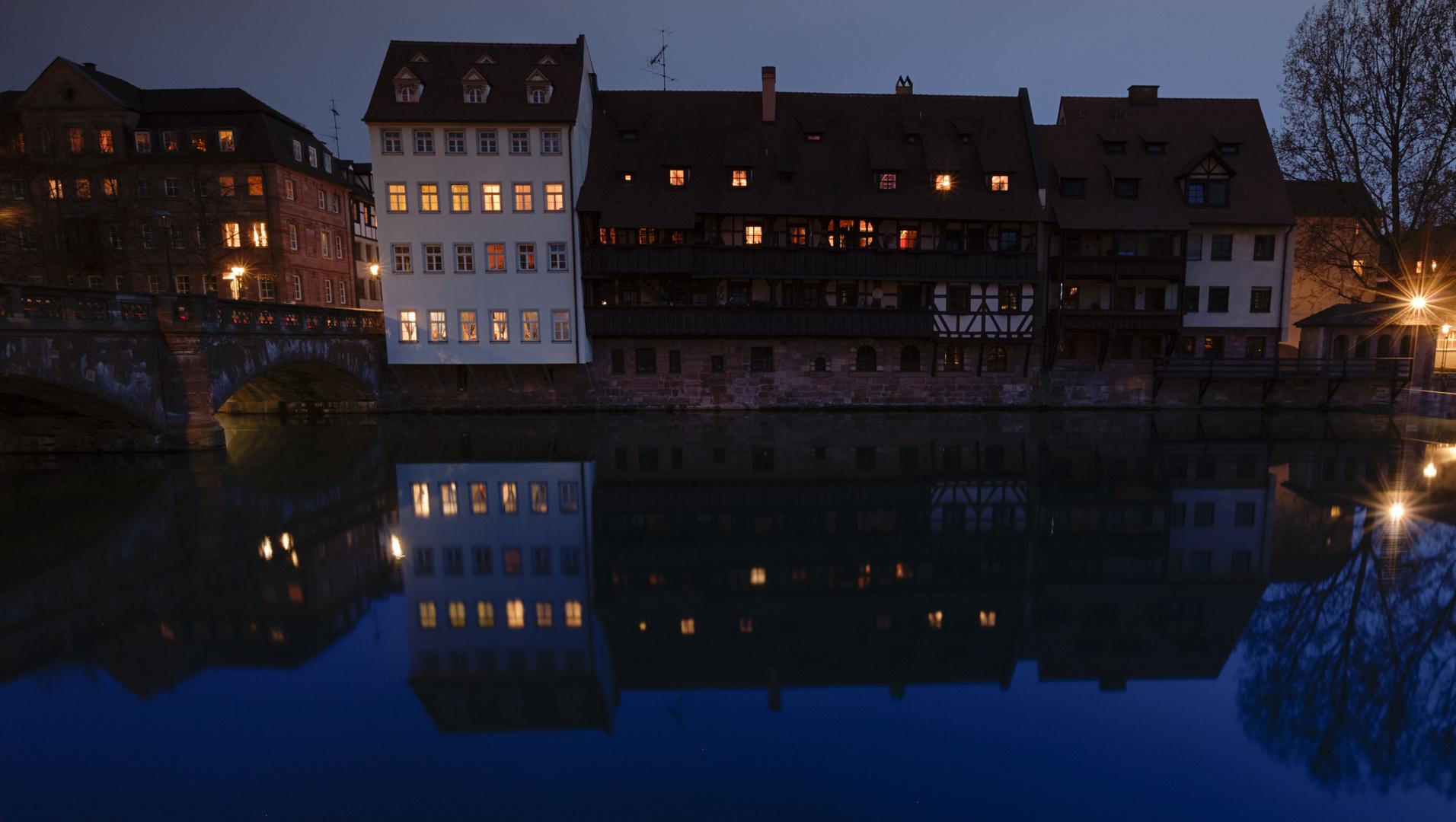 im spätabendlichen schönen Nürnberg