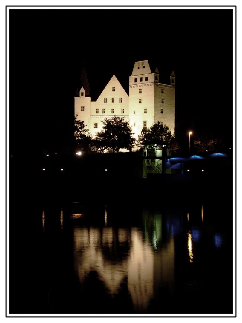 Im Spiegel des Schlosses