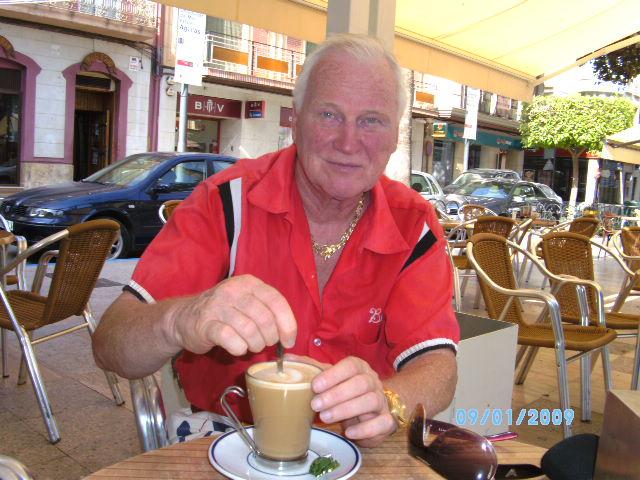 Im Strassen-Cafe