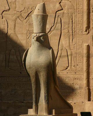 Im Tempel von Edfu