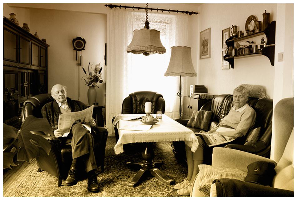 im Wohnzimmer Foto & Bild | Menschen, Menschen im Alter