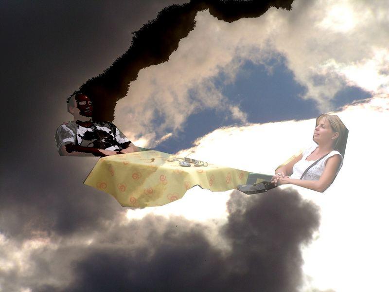 Im Wolkenbett mit dunklen Gedanken
