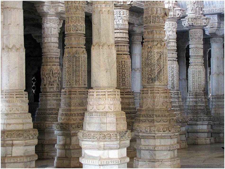 Im wunderbaren Tempel von Ranakpur