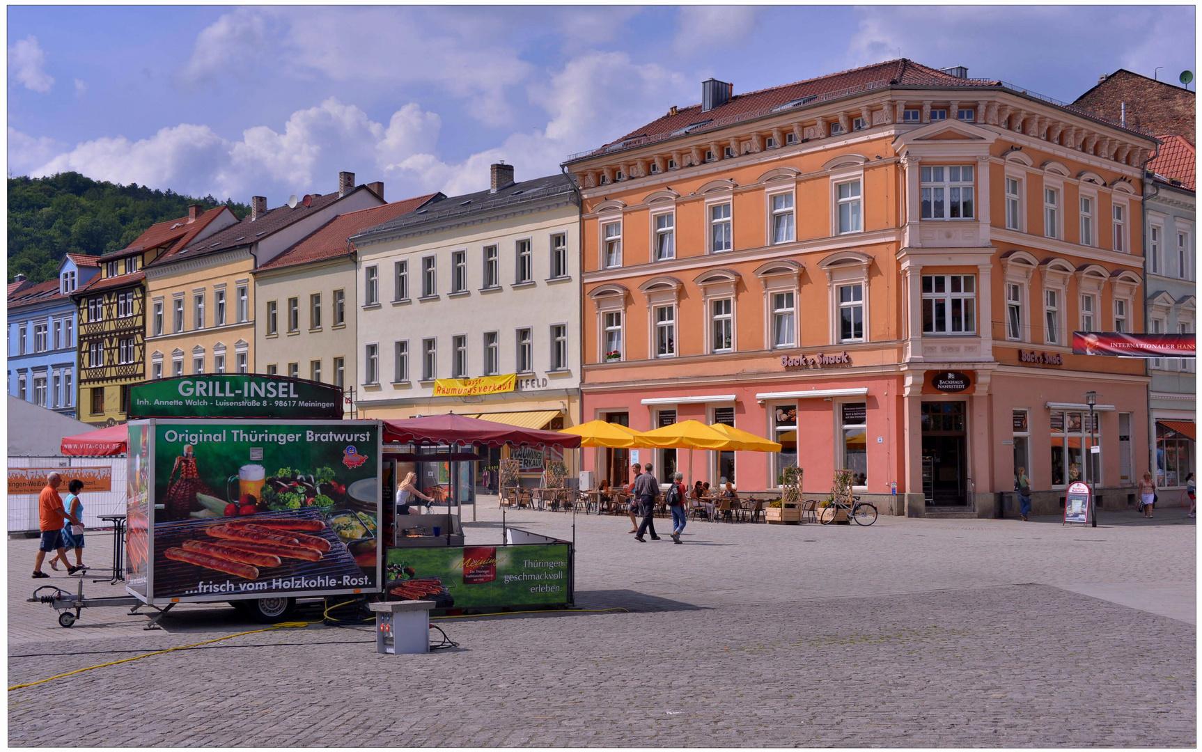 imagen de mi nueva cámara XII - Meiningen, la plaza mayor, aquí se vende salchichas fritas
