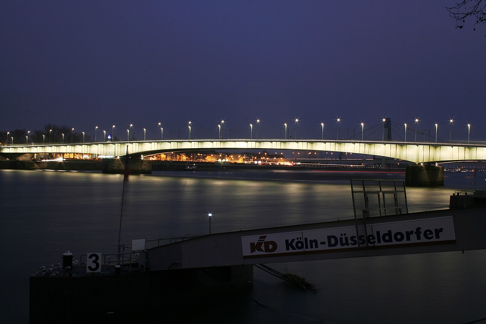 IMG_7536 Deutzer Brücke (24.02.2012)